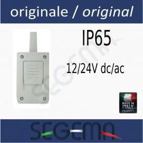 Radio receiver for safety edge
